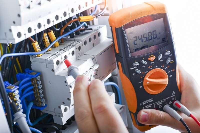 Recherche panne électricité Saint-Raphael